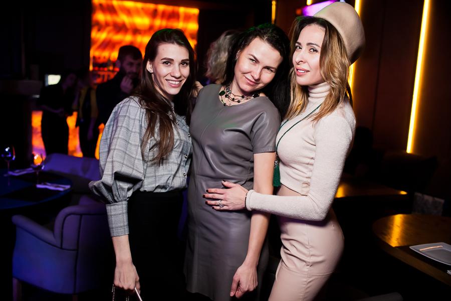 Ночной клуб grammy s клуб фольксваген пассат в москве