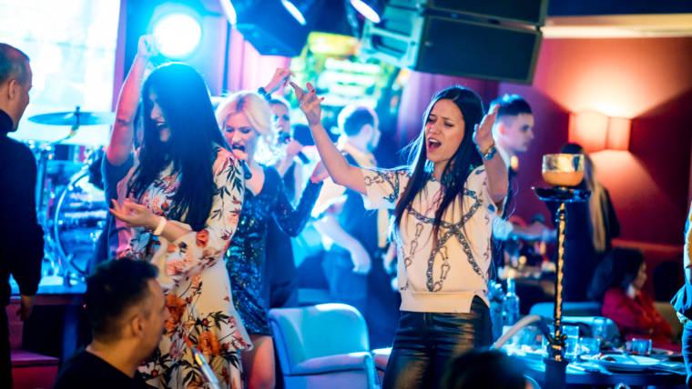 VIP залы в караоке — место встречи веселых и верных друзей